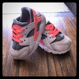 Nike Shoes Baby Girl Size 5
